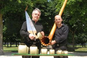 Duo de scie musicale et cor des Alpes, avec Jean-Claude Welche et Alexandre Jous
