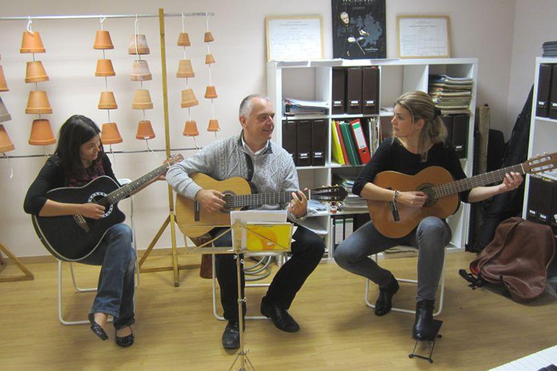 cours-guitare-paula-laetitia